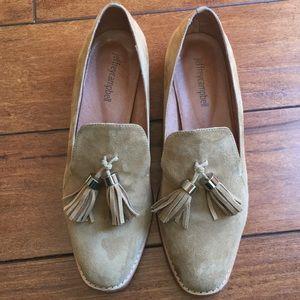 Jeffrey Campbell tassel genuine leather loafer 7.5